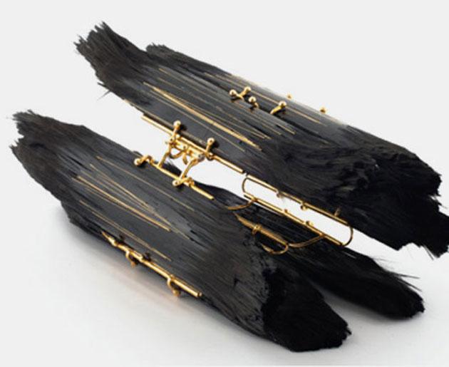 Shimrit Lugasi – Schmuck aus Kohlefasern