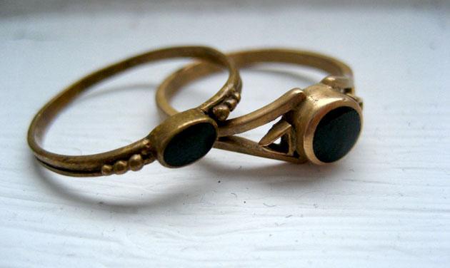 Rings found on flea market (1)
