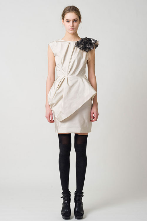 Pre-Fall 2011 by Vera Wang (8)