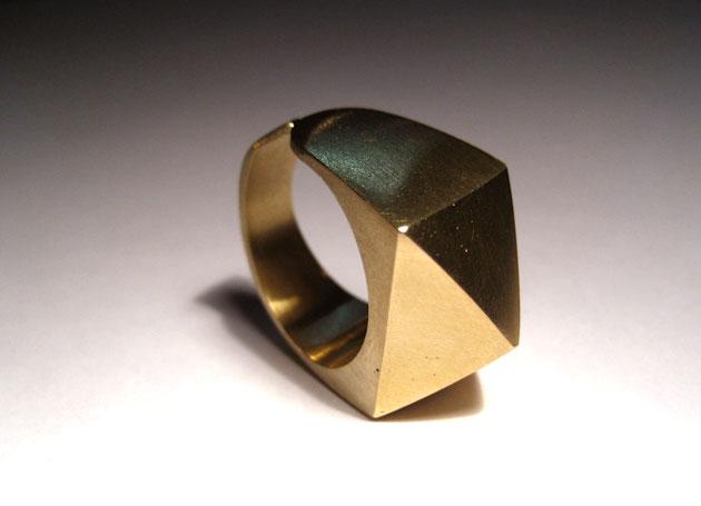 Pyramid ring by Sharokina (1)