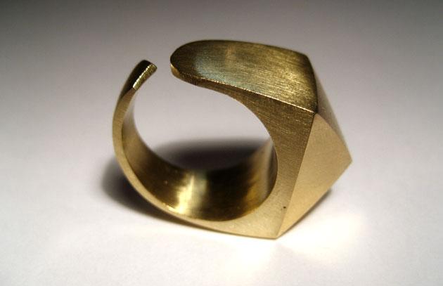 Pyramid ring by Sharokina (2)