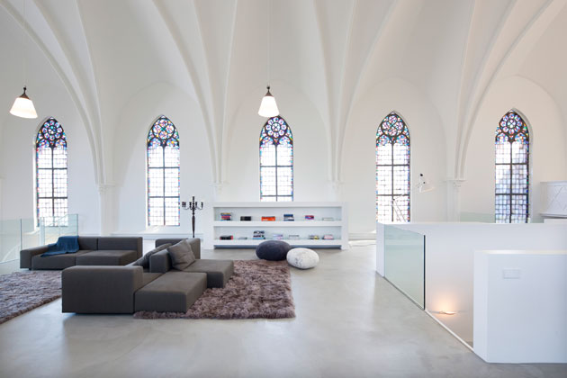 Residential Church Utrecht by Zecc Architects (2)