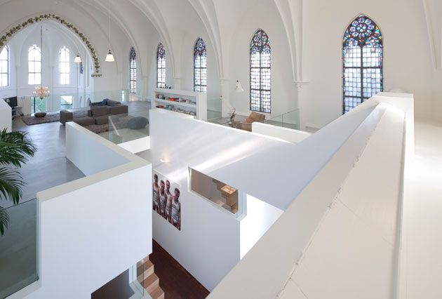 Residential Church Utrecht by Zecc Architects (3)