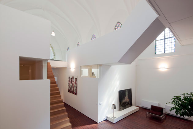 Residential Church Utrecht by Zecc Architects (5)
