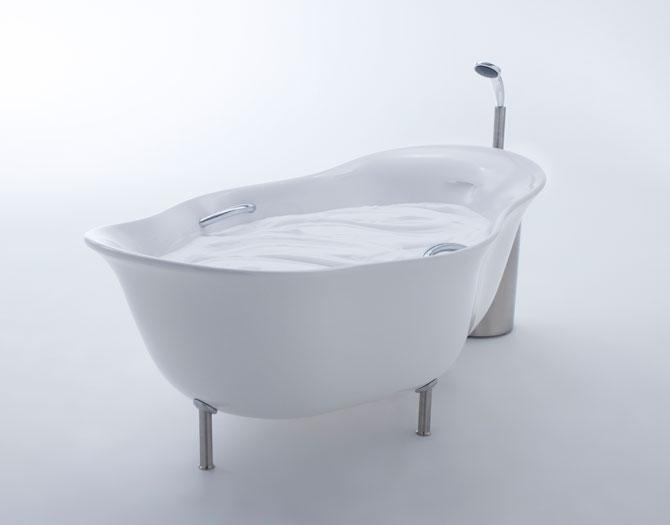 Furo bathtub by Toshiyuki Kita & INAX (1)