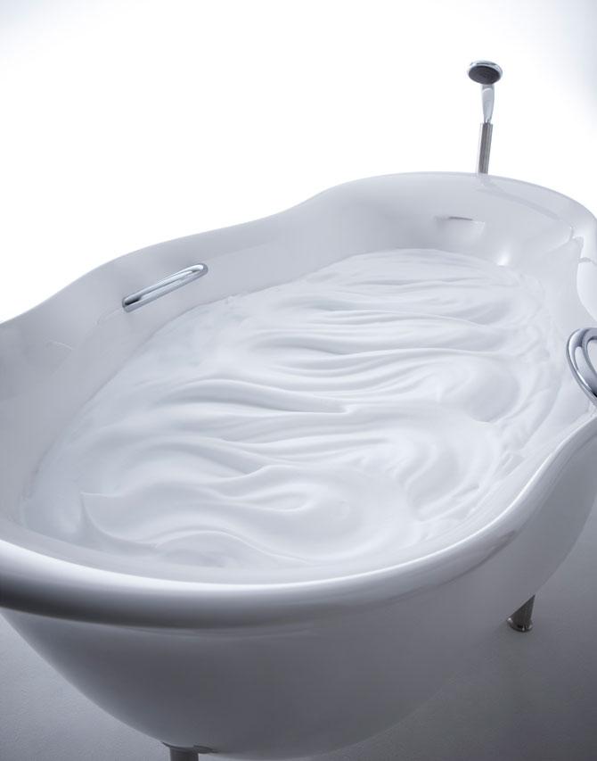 Furo bathtub by Toshiyuki Kita & INAX (2)