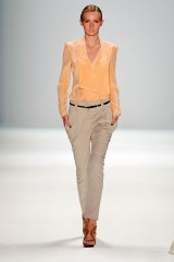 Spring/Summer 2012 by Mongrels in common (01)