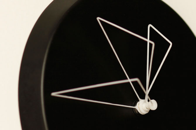 Perspective Clock by Studio Ve